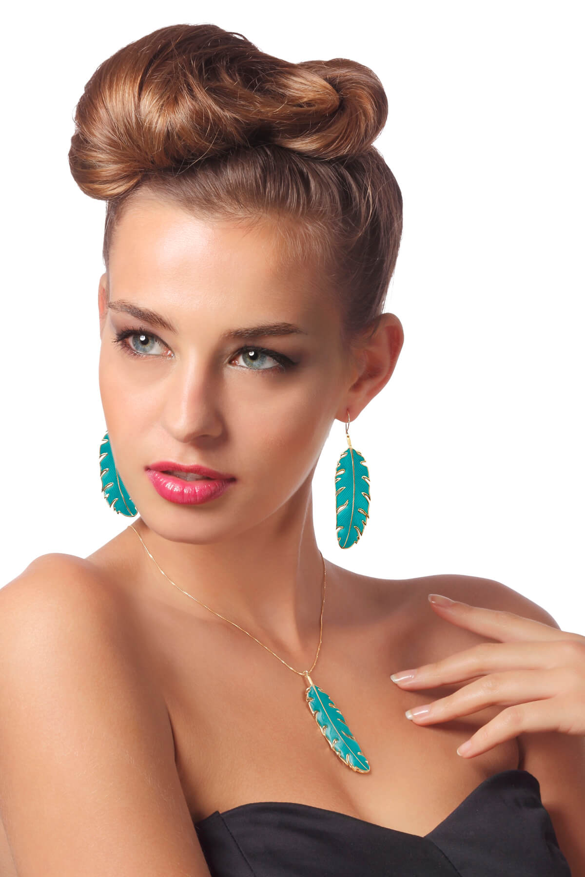 Handmade vermeil paradisaea feather long necklace and earrings – turquoise pattern