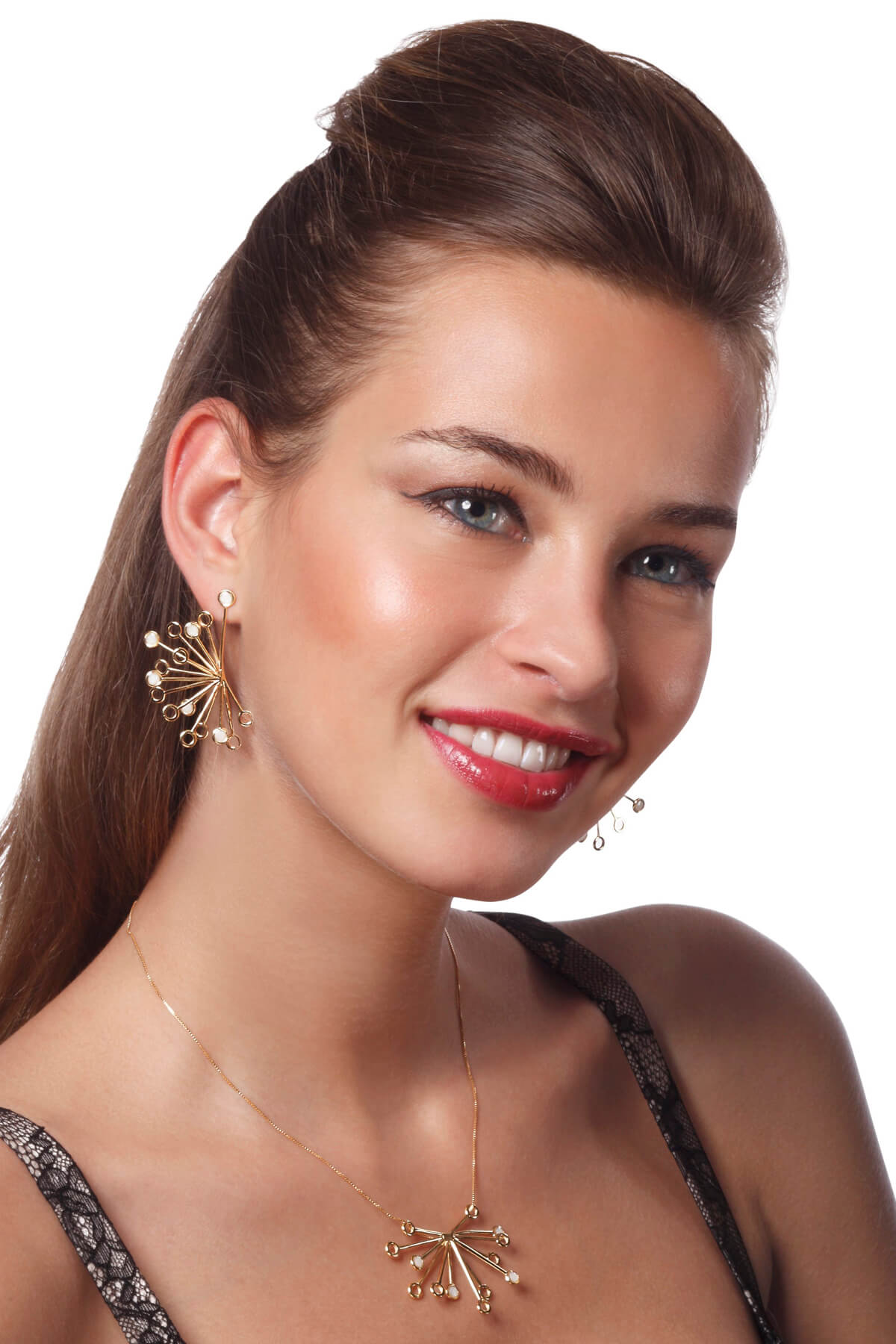 Handmade Vermeil Senecio Flower Necklace and earrings – Pearl Pattern